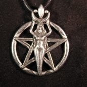 wicca-necklaces-1441775044-jpg